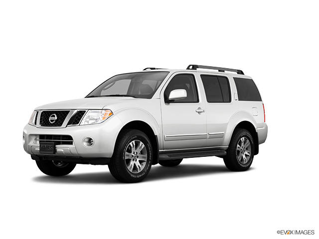 2011 Nissan Pathfinder Vehicle Photo in Willow Grove, PA 19090