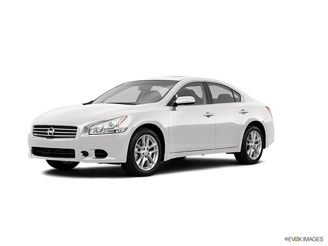 2011 Nissan Maxima Vehicle Photo in Akron, OH 44303