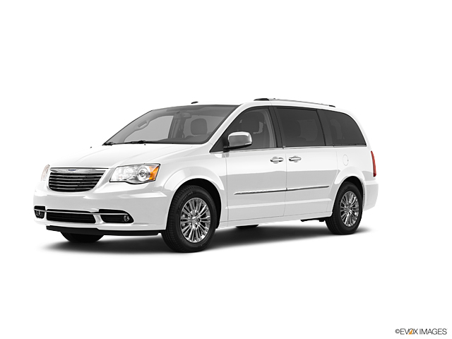 2011 Chrysler Town & Country Vehicle Photo in Joliet, IL 60435