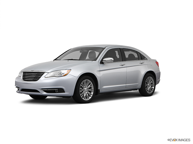 2011 Chrysler 200 Vehicle Photo in Akron, OH 44320