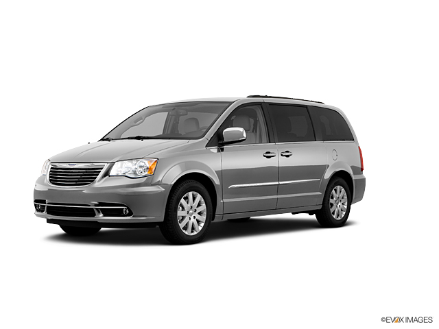 2011 Chrysler Town & Country Vehicle Photo in Akron, OH 44320