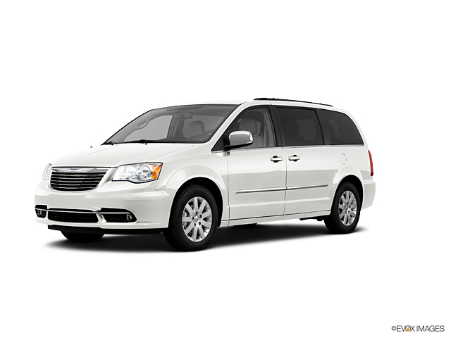 2011 Chrysler Town & Country Vehicle Photo in Merriam, KS 66202