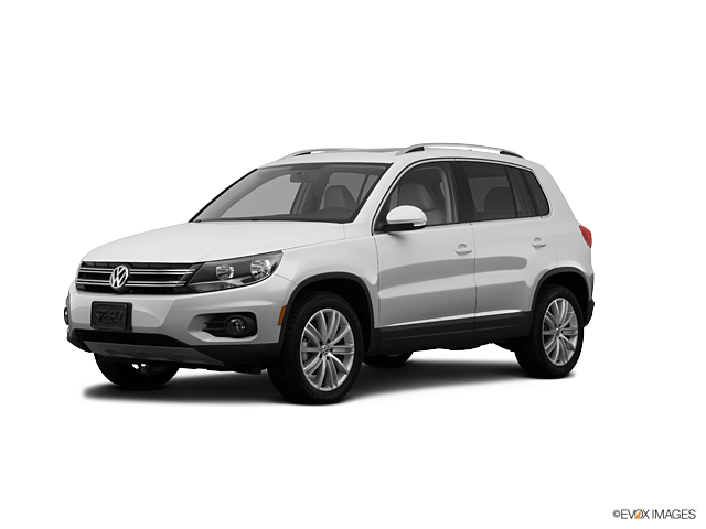 2012 Volkswagen Tiguan Vehicle Photo in Bend, OR 97701