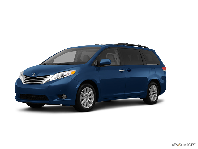 2012 Toyota Sienna Vehicle Photo in Macomb, IL 61455