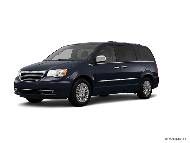 2012 Chrysler Town & Country Vehicle Photo in Englewood, CO 80113