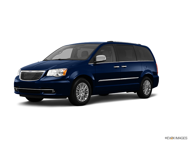 2012 Chrysler Town & Country Vehicle Photo in Quakertown, PA 18951