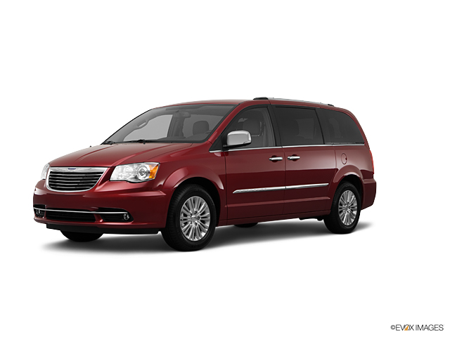2012 Chrysler Town & Country Vehicle Photo in Akron, OH 44303