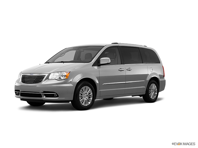 2012 Chrysler Town & Country Vehicle Photo in Akron, OH 44312