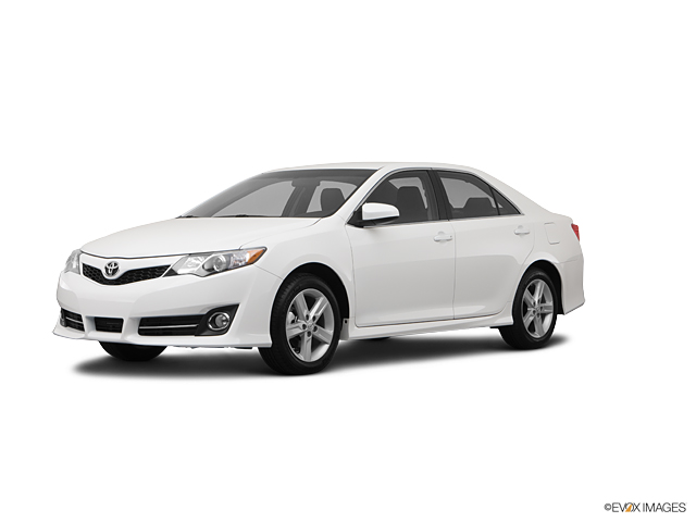 2012 Toyota Camry Vehicle Photo in Riverside, CA 92504