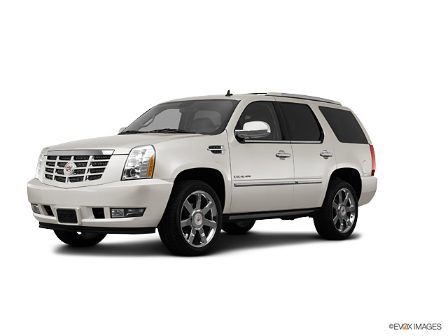 2013 Cadillac Escalade Vehicle Photo in Plymouth, MI 48170