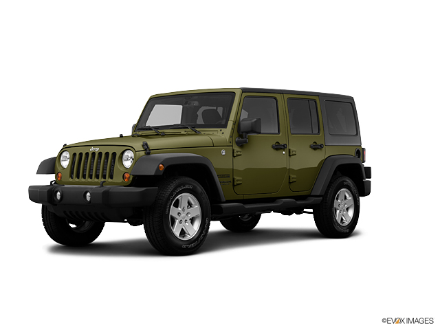 2013 Jeep Wrangler Unlimited Vehicle Photo in Fayetteville, NC 28303
