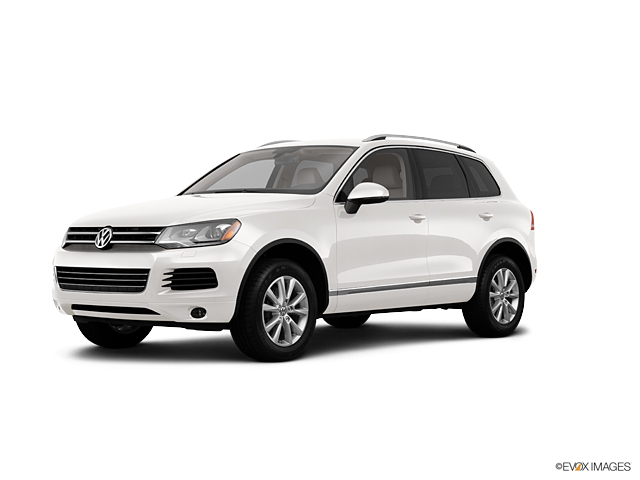 2013 Volkswagen Touareg Vehicle Photo in San Antonio, TX 78230