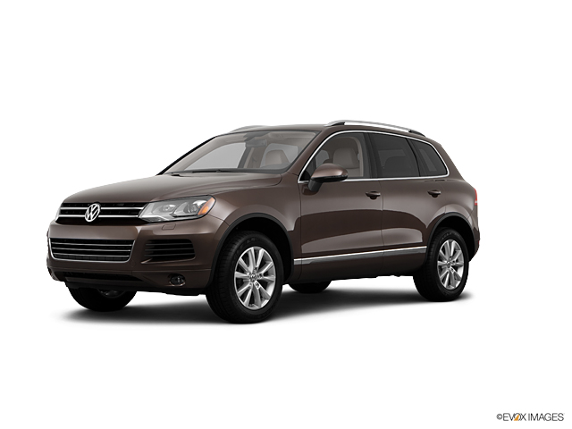 2013 Volkswagen Touareg Vehicle Photo in Greeley, CO 80634