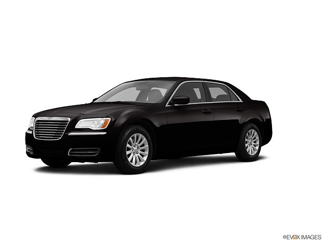 2013 Chrysler 300 Vehicle Photo in Freeland, MI 48623