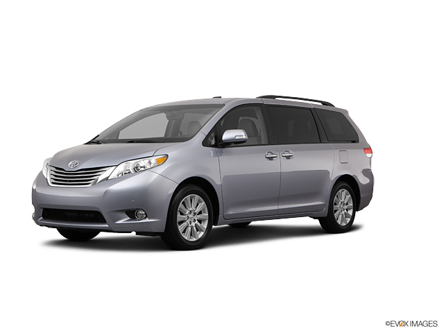 2013 Toyota Sienna Vehicle Photo in Decatur, IL 62526