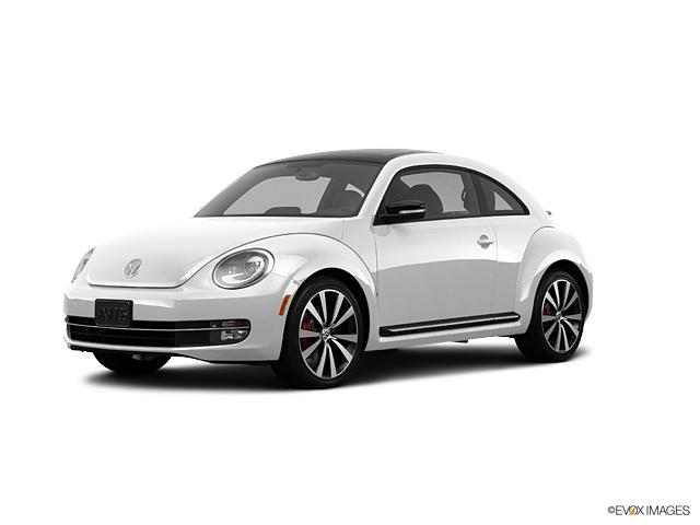 2013 Volkswagen Beetle Coupe Vehicle Photo in Tucson, AZ 85705