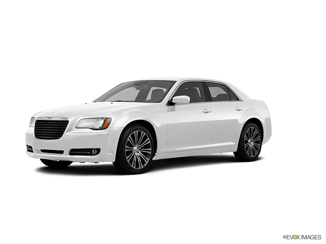 2013 Chrysler 300 Vehicle Photo in Lake Bluff, IL 60044