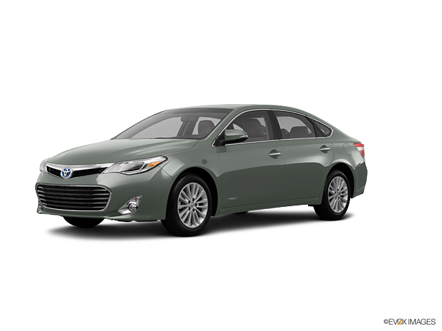 2013 Toyota Avalon Hybrid Vehicle Photo in Bend, OR 97701