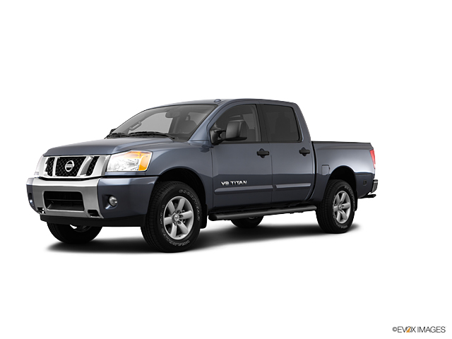 2013 Nissan Titan Vehicle Photo in Bend, OR 97701