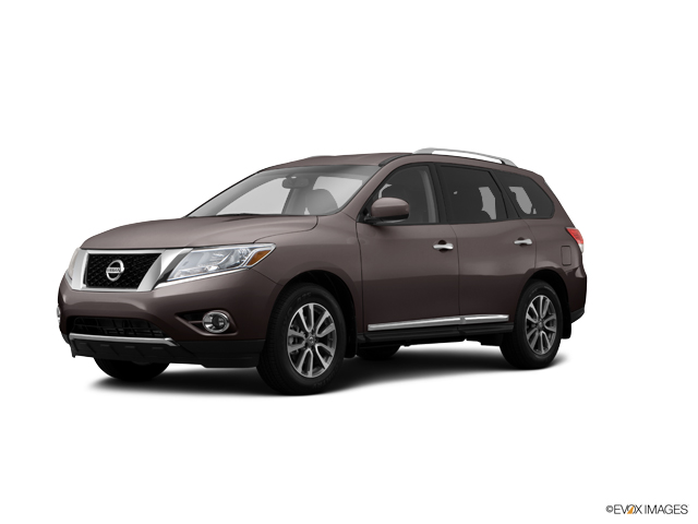 2014 Nissan Pathfinder Vehicle Photo in Hyde Park, VT 05655