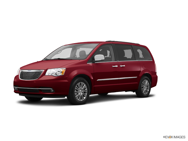 2014 Chrysler Town & Country Vehicle Photo in Highland, IN 46322