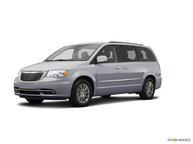 2014 Chrysler Town & Country Vehicle Photo in Long Island City, NY 11101